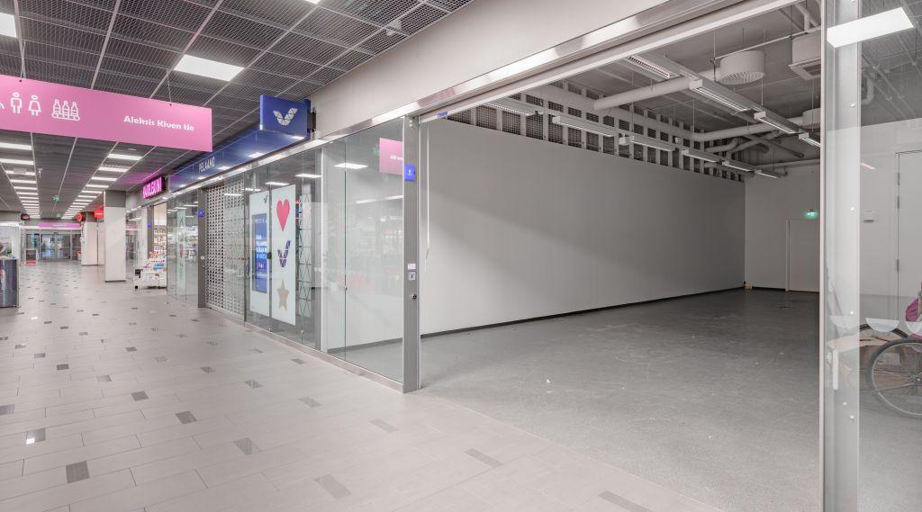 Keravan Karuselli liiketila 122 m2 näkymä sisäänkäynniltä