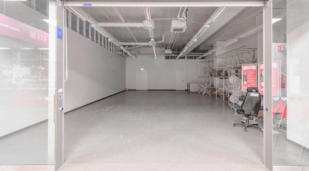 Keravan Karuselli liiketila 124 m2 näkymä sisältä