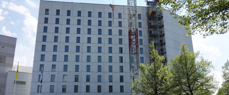 Suomen ensimmäisessä uutena rakennettavassa Marriott-hotellissa juhlittiin harjannostajaisia